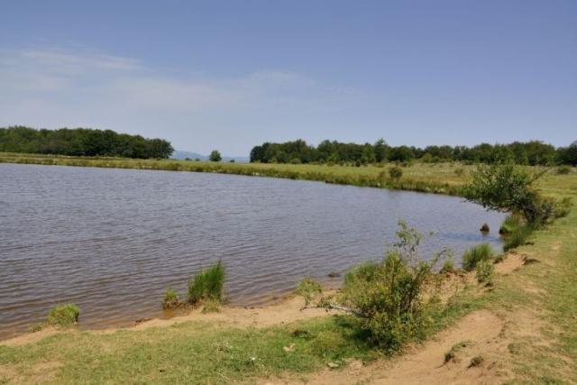 долното езеро Издермец